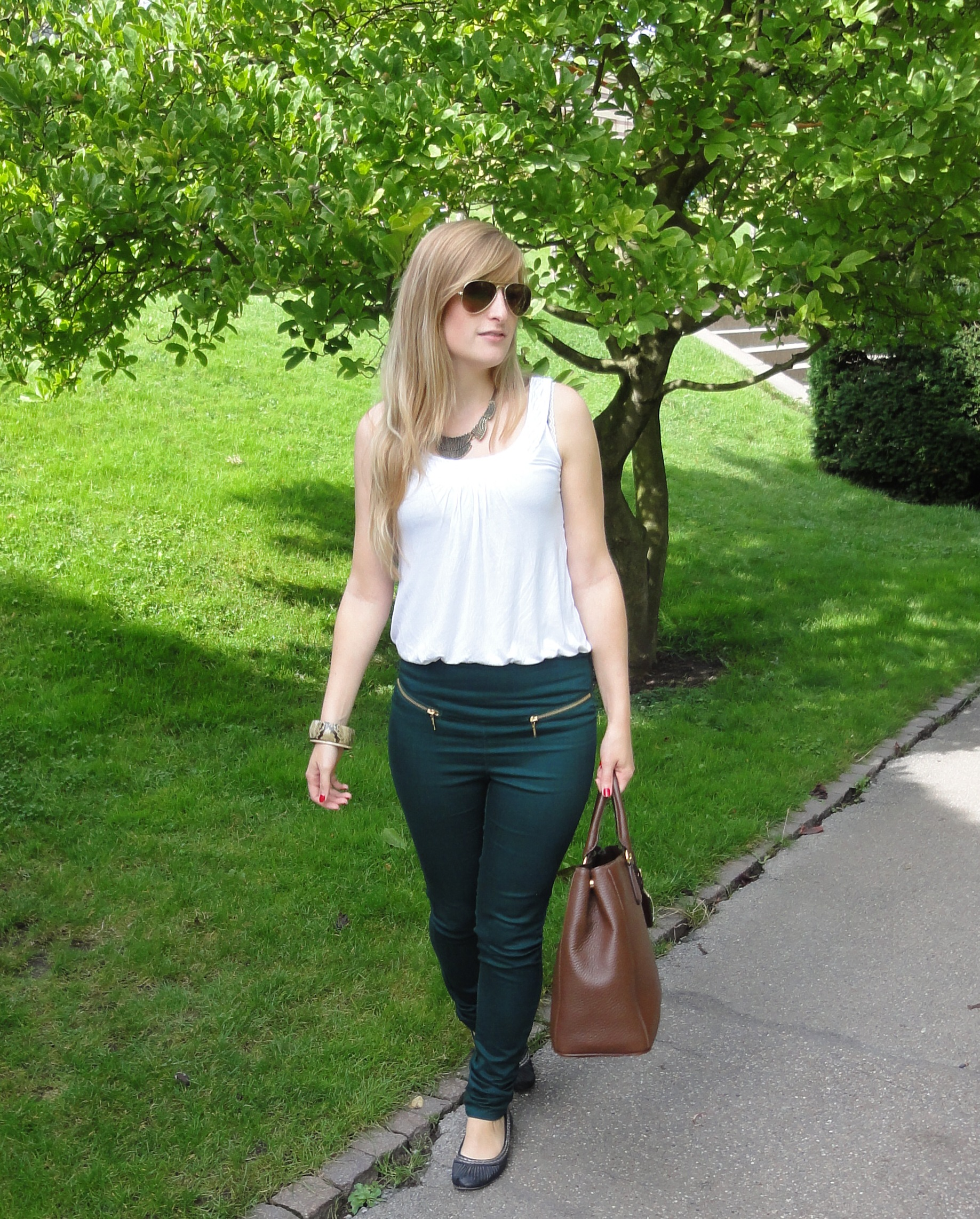High waist trousers in Stuttgart