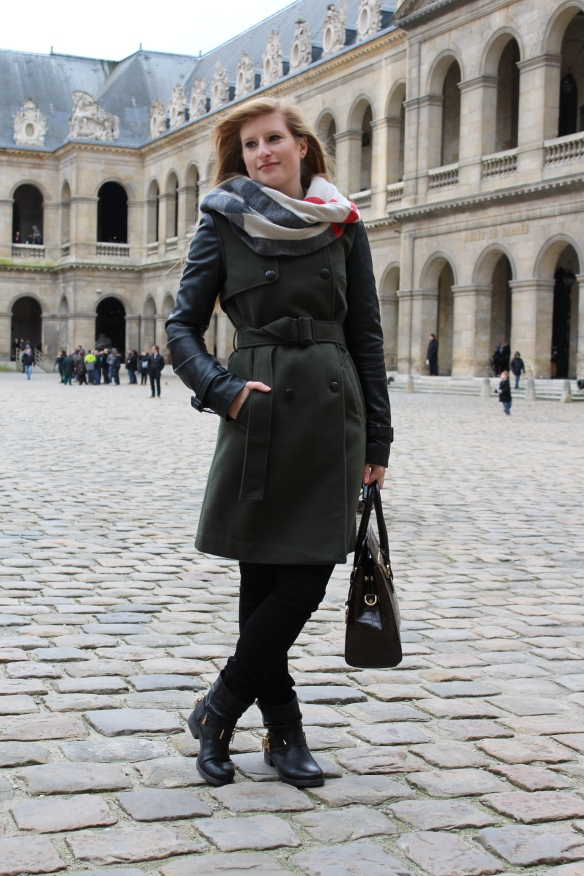 Paris outfit Burberry scarf
